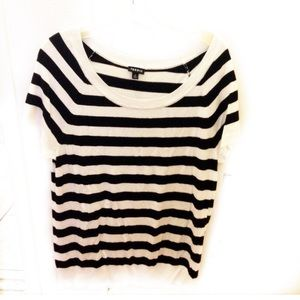 Like new Torrid top size 0 oversized fits S/M